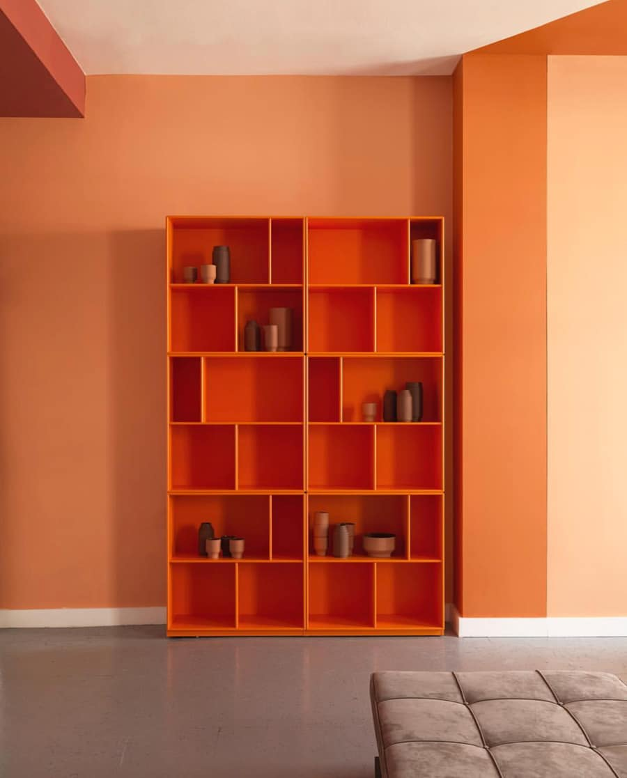 Montana shelves at Skandium